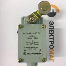 Выключатель концевой ВК-200-БР-11-67У2-21 без сальника ход вправо самовозврат