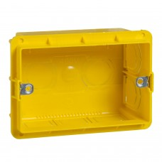 UNICA MODULAR Коробка монтажная 3 модуля